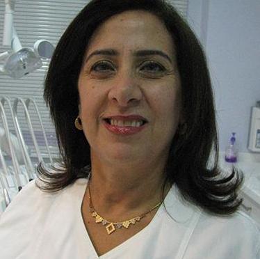 الدكتورة زينة عكاري